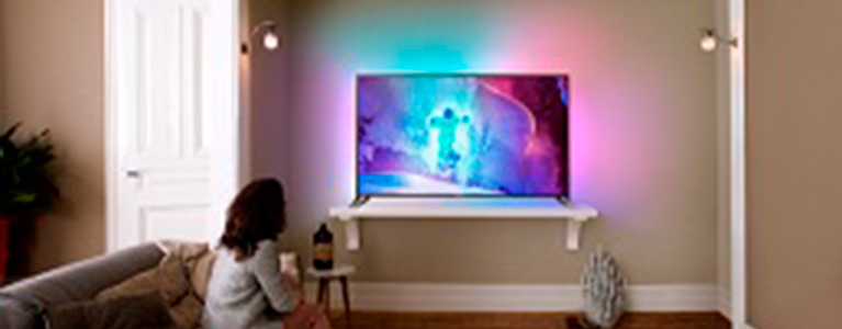 Zupełnie nowe New 9800 flagship Philips Ultra HD TV powered by AndroidTM JS91