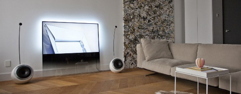 two philips tvs receive if award for extraordinary tv design tp vision. Black Bedroom Furniture Sets. Home Design Ideas